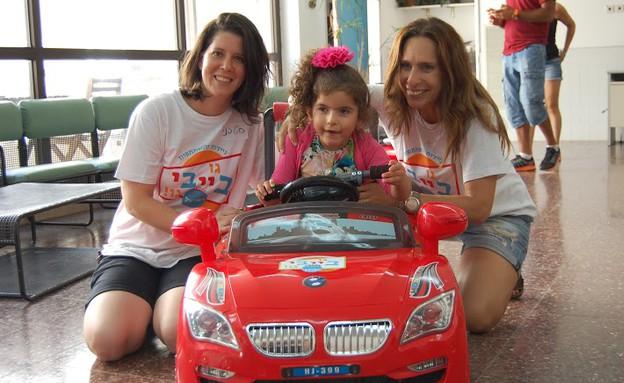 מכוניות לילדים עם נכויות מוטוריות (צילום: Go Baby Go)