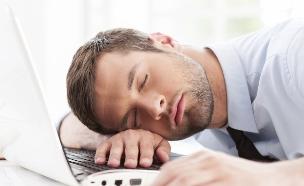 איש עייף (צילום: אימג'בנק / Thinkstock)