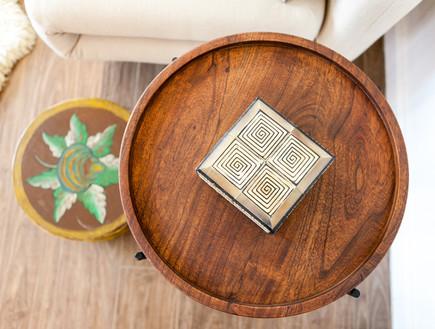 יעל אמיר, שולחן