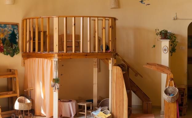 גני ילדים 29, הרדוף חומרים טבעיים וצבעים חמים (צילום: תכנון-דרור צור, צילום אסף רונן)