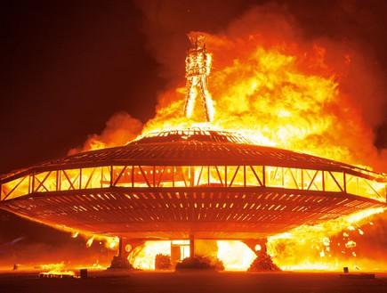 ברנינג מן שריפת האיש 2013  (צילום: NK Guy)