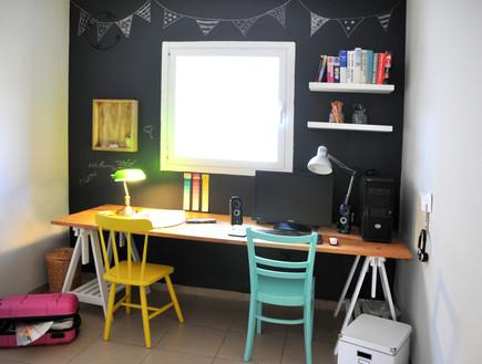 בית לבד 53, חדר העבודה (צילום: מיכל יניב)