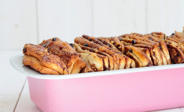 עוגת שמרים שוקולד ואגוזים (צילום: שרית נובק - מיס פטל, אוכל טוב)