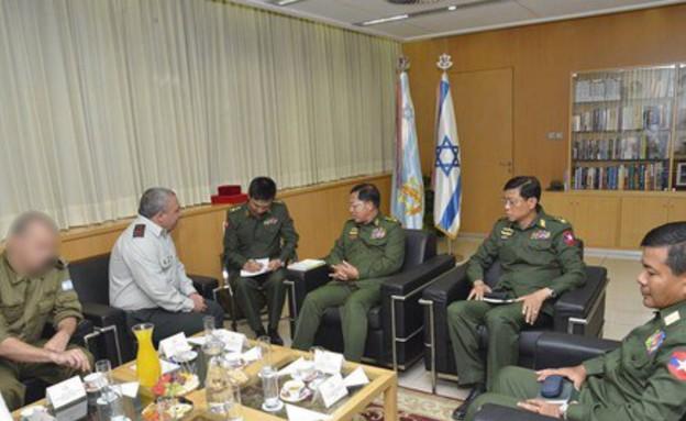 """צבא בורמה בישראל (צילום: דובר צה""""ל)"""