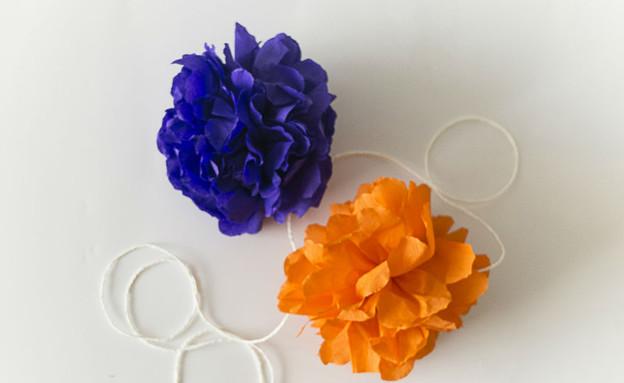 קישוטי סוכות, פרחי נייר  (צילום: טטיאנה פאוטוב)