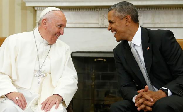 אובמה ופרנציסקוס בבית הלבן (צילום: רויטרס)