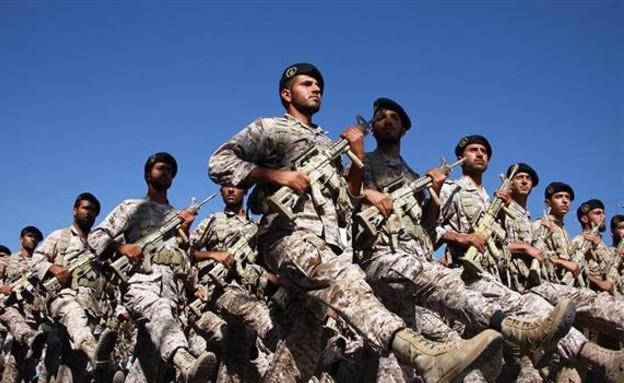 צבא איראן (צילום: IRNA)