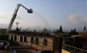 בית הכנסת שנשרף במבשרת (צילום: דוברות כיבוי בית שמש)