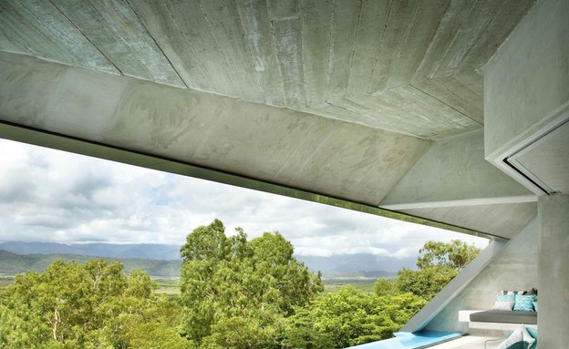 בית על הקצה (צילום: raine and horne)