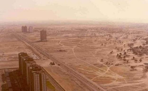 דובאי, נוף של רחוב ראשי בדובאי בשנת 1991 (צילום: imgur.com)