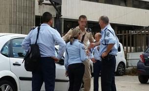 הקצין שירה במחבל (צילום: חדשות 2)