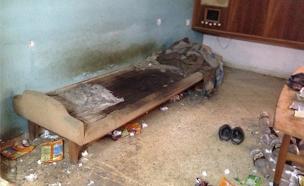 דירה מוזנחת של קשישה בבת ים (צילום: חדשות 2)