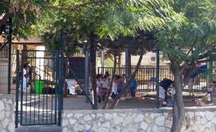 מוסדות חינוך ללא מאבטח, היום (צילום: עמית ולדמן, חדשות 2)