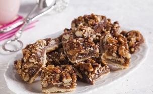 חיתוכיות אגוזים וקרמל (צילום: אסף אמברם, אוכל טוב)