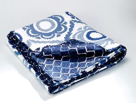 עיצוב חדר שינה, ,  ,H&O שמיכה ליחיד או לזוג. (צילום: ישראל כהן)