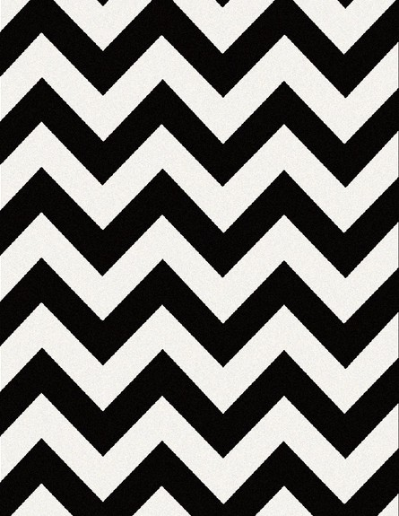 עיצוב חדר שינה, URBAN, שטיח צמר בדוגמת זיגזג שחור לבן, 115 שקלים.  (צילום: ישראל כהן)