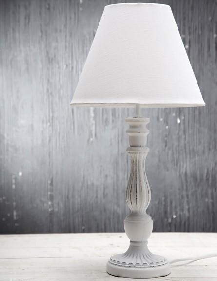 עיצוב חדר שינה, ביתילי, מנורת שולחן רומנטית.  (צילום: דן לב)