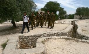 חיילים בגבעת התחמושת, ארכיון (צילום: אוראל כהן, פלאש 90)