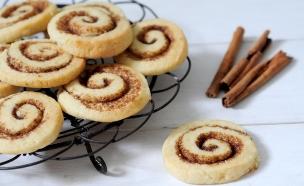 ילדים: עוגיות קינמון (צילום: שרית נובק, אוכל טוב)
