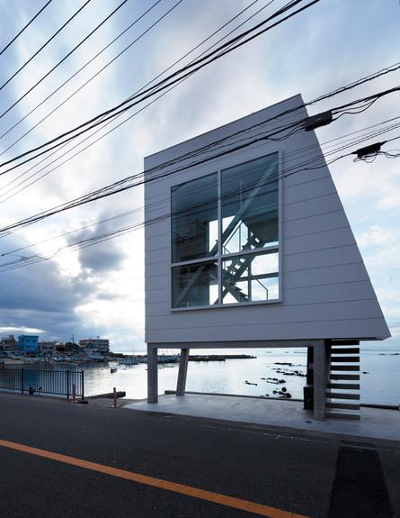 בית החלונות, גובה (צילום: Yasutaka Yoshimura)