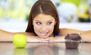 אישה בדיאטה (צילום: אימג'בנק / Thinkstock)