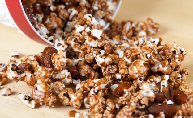 פופקורן שוקולד-שקדים (צילום: www.spachethespatula.com)