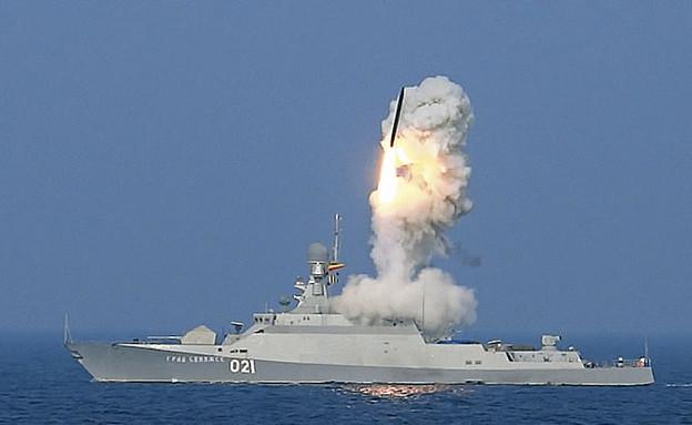 """""""קאליבר"""" משוגר מספינה רוסית (צילום: צבא רוסיה)"""