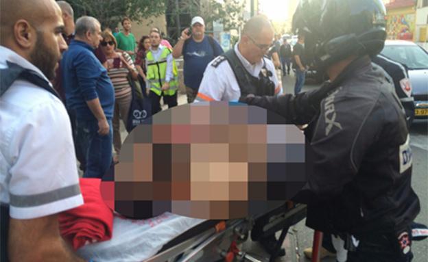 פצועים ונפגעי חרדה פונו לבית החולים (צילום: עד ראייה)