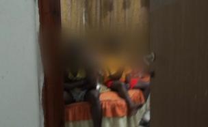 מבנה של שוהים בלתי חוקיים בנתניה (צילום: חדשות 2)