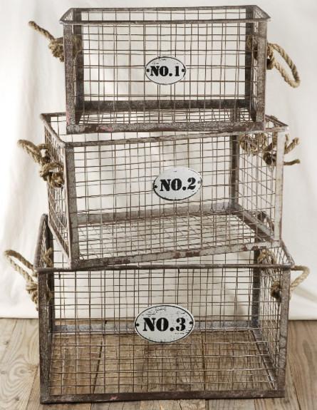שלישיית סלסלות שיכולות להתאים לתלייה על קיר (צילום: save-on-crafts.com)