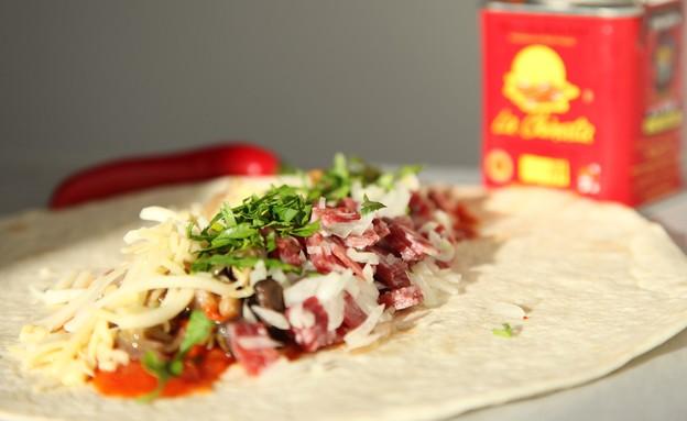 בוריטו פיצה (צילום: שמרית קליש, אוכל טוב)