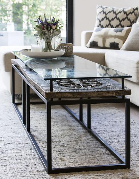 שולחן סלון (צילום: רז רוגובסקי)