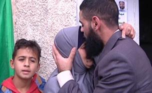 צפו: מוחמד עלאן בביתו (צילום: חדשות 2)