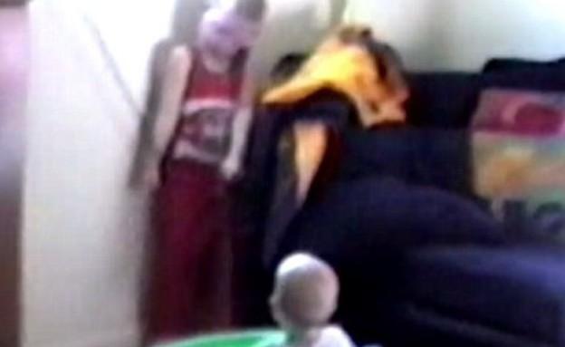 סכנות בבית: ילד כמעט נחנק למוות מכבל התריסים