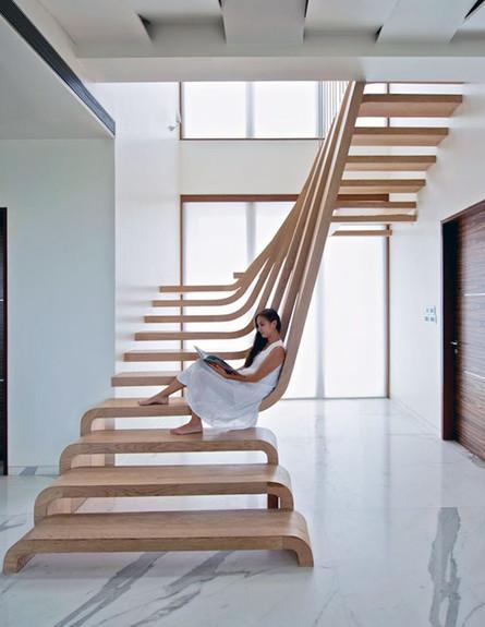 מדרגות מיוחדות 01, ג, מדרגות תלויות בעיצוב Arquitectura en Movimie