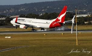 בואינג 737 של קוואנטס (צילום: Jordan Vuong, Flickr)