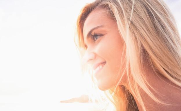 אישה שמחה (צילום: אימג'בנק / Thinkstock)