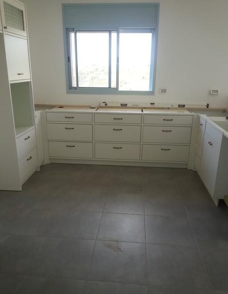 נועה פז, ג, המטבח לפני,   (47)