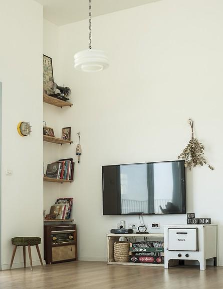 נועה פז, ג, סלון טלוויזיה (7)