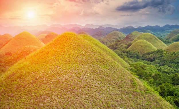 גבעות השוקולד בפיליפינים (צילום: אימג'בנק / Thinkstock)