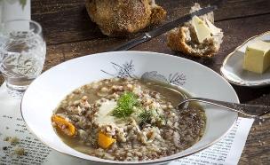 מרק כוסמת - בסטה (צילום: אנטולי מיכאלו, אוכל טוב)
