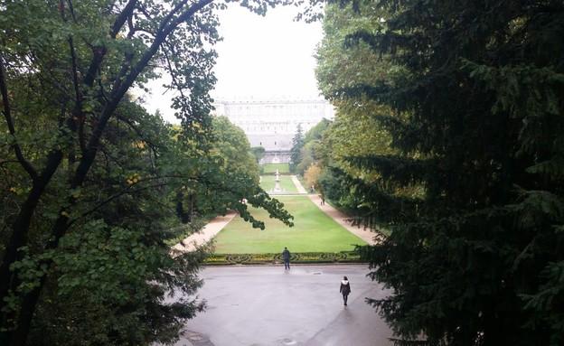 הגנים מאחורי ארמון פלאסה דה אוריינטה, מדריד (צילום: נגה קרני)