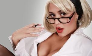 מורה סקסית (צילום: ThinkStock)