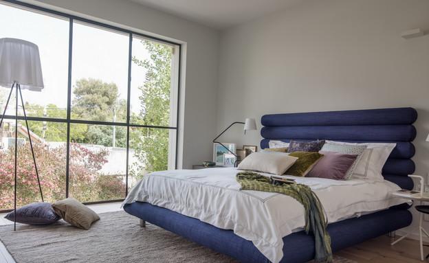 מיטה בעיצוב עדי סמט (צילום: גלעד רדט)