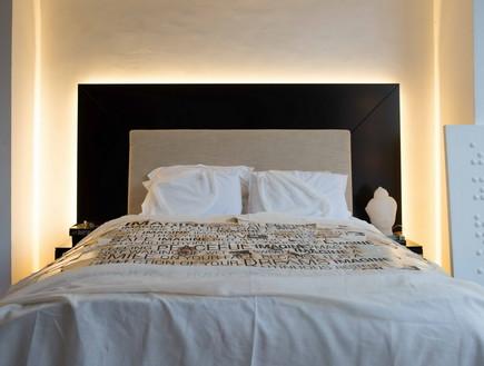 מתוך הספר מעצבים חדר שינה מיטה בעיצובו של עודד שטר