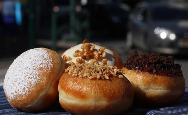 סופגניות של נומילי (צילום: פיני שניר, אוכל טוב)