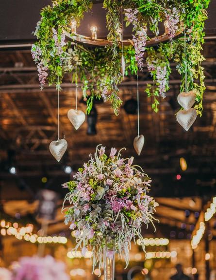 חתונות 23, מקומם של הפרחים אפילו הולך ומתרחב (צילום: עידן חסון, עיצוב-מינט דיזיין)
