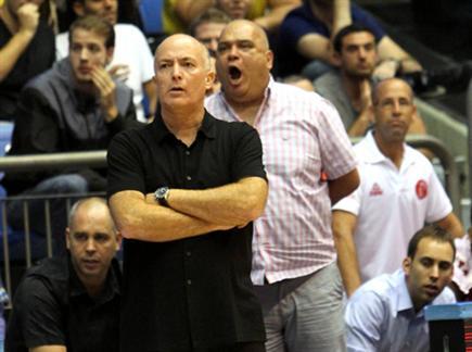 ארז אדלשטיין. משתתפים בצערו (צילום: אלן שיבר) (צילום: ספורט 5)