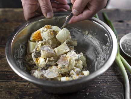 סלט תפוחי אדמה מוכן, פותחים בסטה