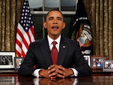 אובמה בחדר הסגלגל (צילום: חדשות 2)